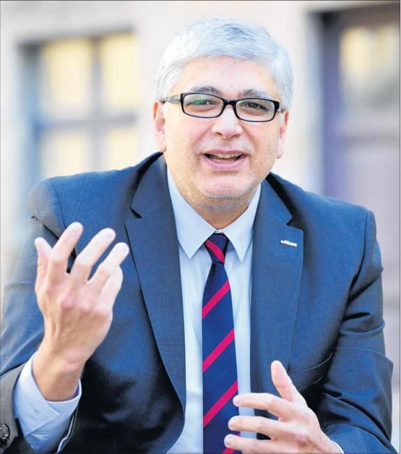Georg Bandarau - Stadtmanager